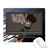 アフリカの黒人女性の土着の頭飾り ノンスリップラバーマウスパッドはコンピュータゲームのオフィス