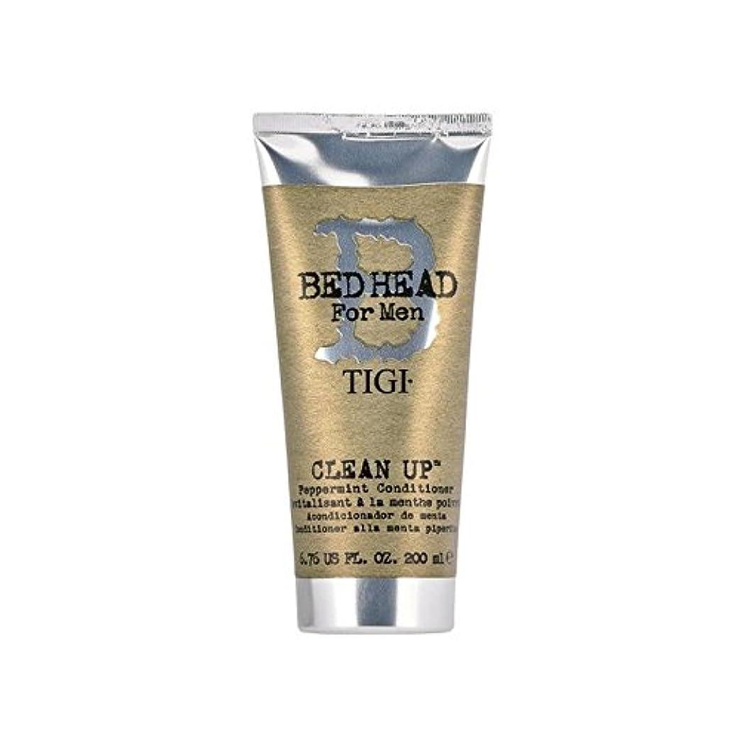 黒くする変なフルーツペパーミントコンディショナーをクリーンアップする男性のためのティジーベッドヘッド(200ミリリットル) x4 - Tigi Bed Head For Men Clean Up Peppermint Conditioner...
