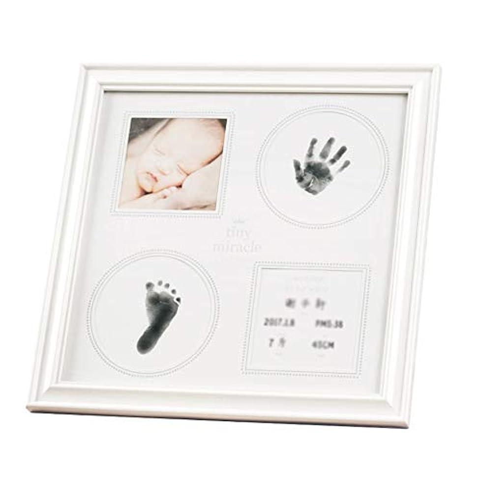 長老ウガンダ単にベビーの手と足のインク 赤ちゃんの手と足のインク - 4つの穴は、二重使用透明なインクのこすり赤ちゃんのお土産100日の贈り物赤ちゃんの足跡の成長の記念写真のフレームをぶら下げるために置くことができます - 32 * 32 * 1.5センチメートル