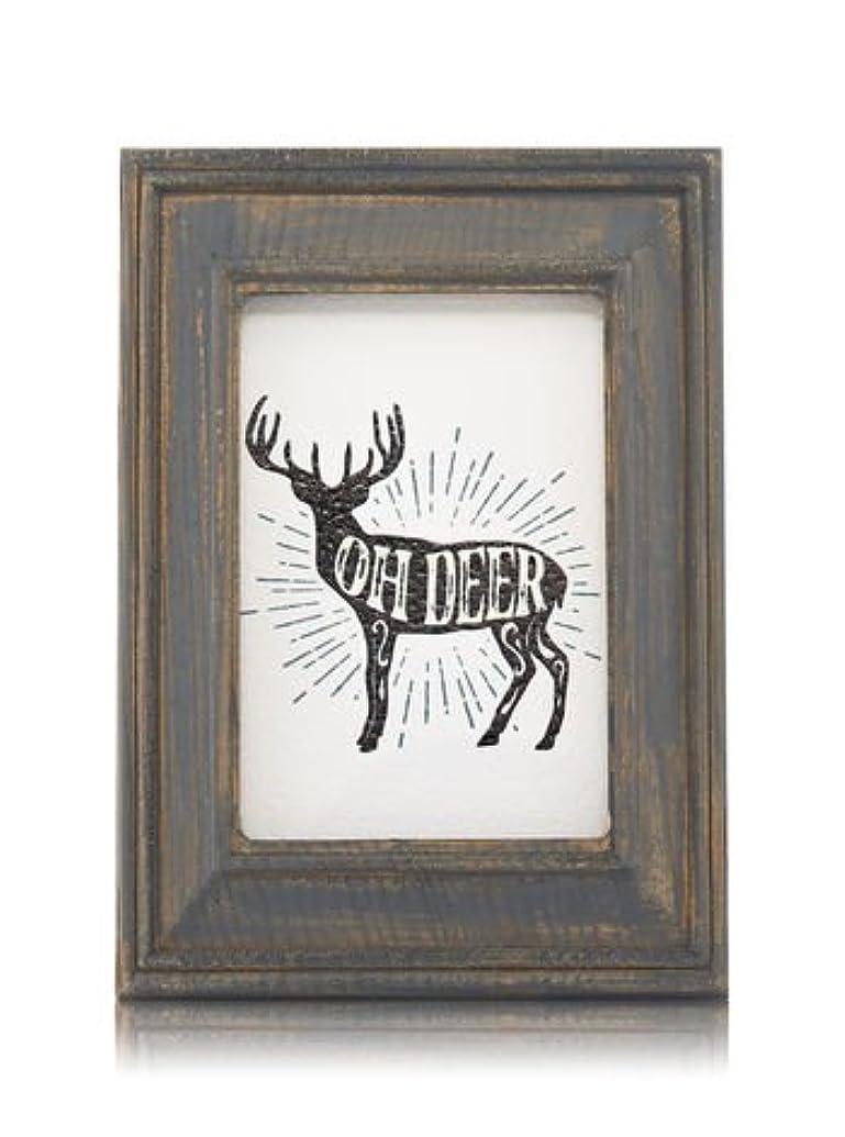 たぶん圧力スツール【Bath&Body Works/バス&ボディワークス】 ルームフレグランス プラグインスターター (本体のみ) ウッドフレーム トナカイ Wallflowers Fragrance Plug Wooden Oh Deer...