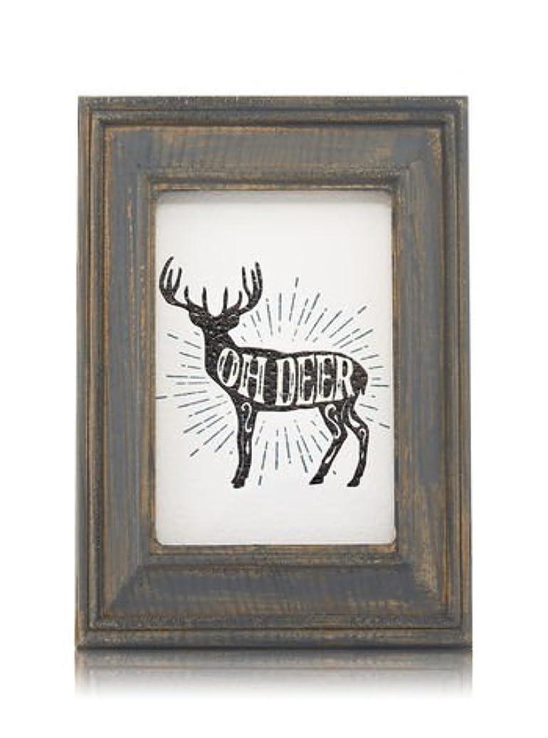 マージチキンまっすぐにする【Bath&Body Works/バス&ボディワークス】 ルームフレグランス プラグインスターター (本体のみ) ウッドフレーム トナカイ Wallflowers Fragrance Plug Wooden Oh Deer...