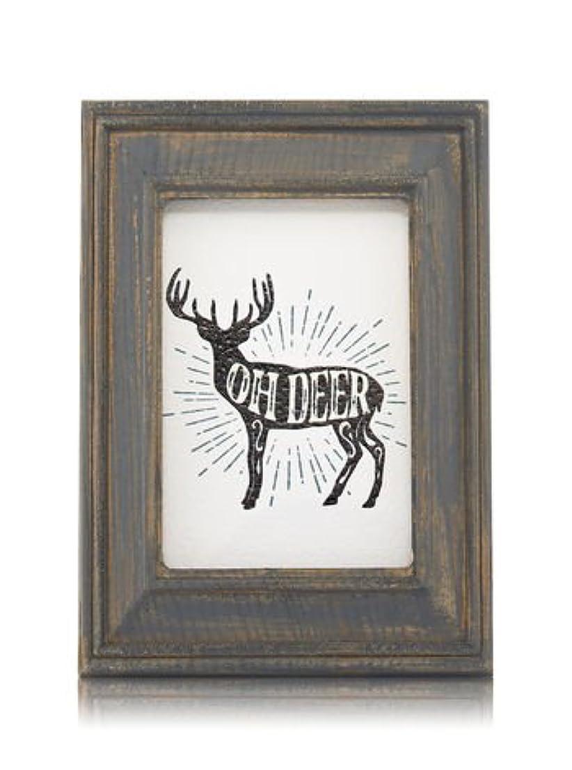 曲線再集計エステート【Bath&Body Works/バス&ボディワークス】 ルームフレグランス プラグインスターター (本体のみ) ウッドフレーム トナカイ Wallflowers Fragrance Plug Wooden Oh Deer...