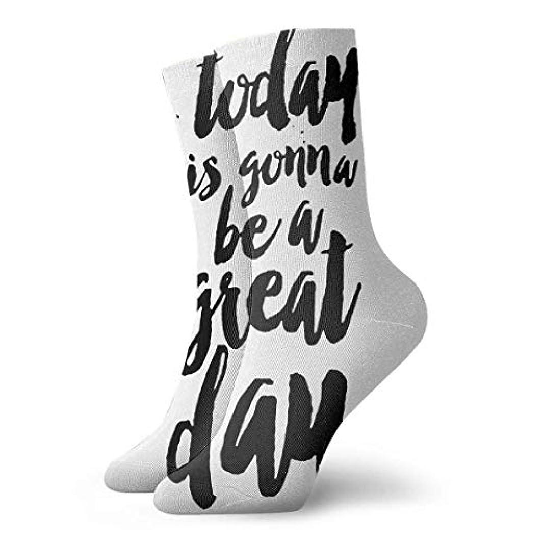 マイナーバルク項目QRRIYノベルティデザインクルーソックス、引用今日は素晴らしい日、クリスマス休暇クレイジー楽しいカラフルな派手な靴下、冬暖かいストレッチクルーソックス