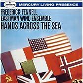 スーザ:海を越えた握手