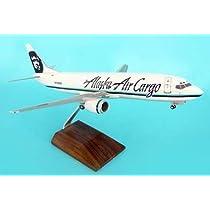 1: 100 スカイマークスSuprem Alaska 航空 ボーイング 737-400 Cargo, with Wood Stand and Landing Gear (並行輸入)