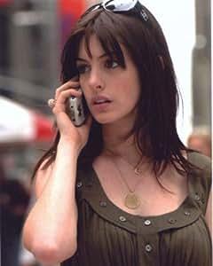 ブロマイド写真★映画『プラダを着た悪魔』アン・ハサウェイ/携帯電話