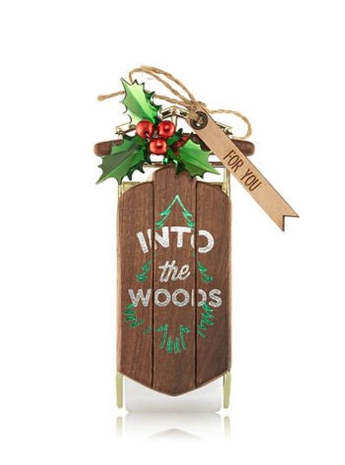 フラスコ急勾配の高価な【Bath&Body Works/バス&ボディワークス】 ルームフレグランス プラグインスターター (本体のみ) イントゥーザウッズ Wallflowers Fragrance Plug Into The Woods [...