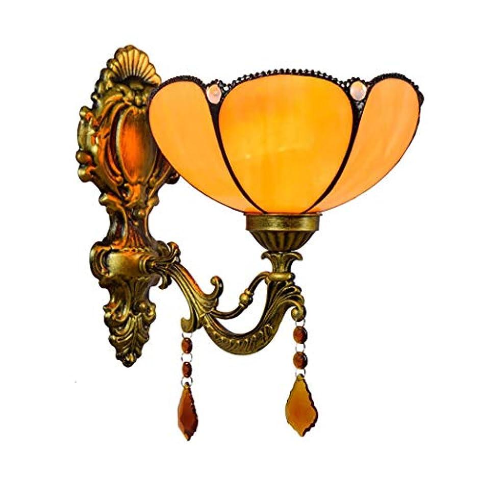 ブランドメディアテニスティファニースタイルシングルヘッド壁ライト黄色ハーフベンドシンプルクリスタルランプシェード8インチアンティーク鉄ベース壁ランプ研究寝室、E27