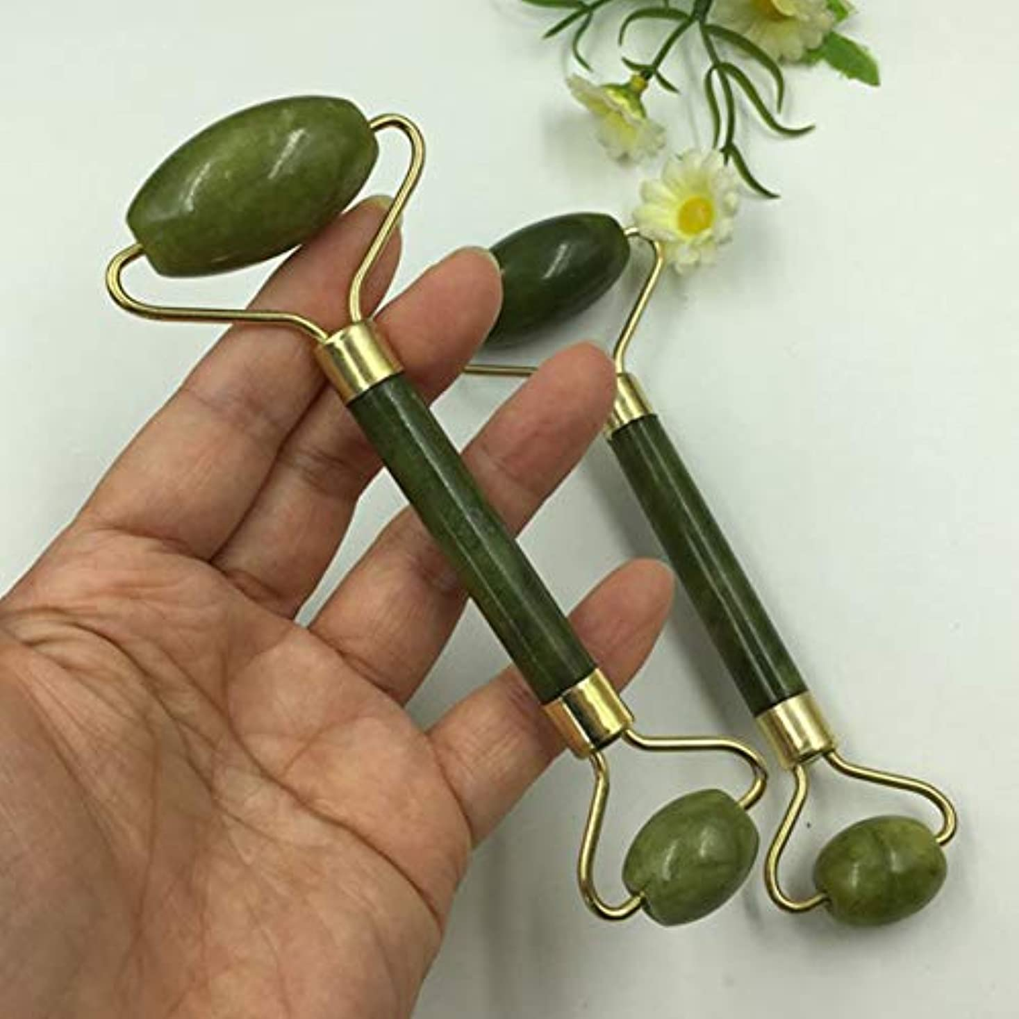 差別する差別するかなりのJade Roller Massager Natural Serpentine Jade Massage Wand Face Massager Roller Beauty Bar Healing Stone