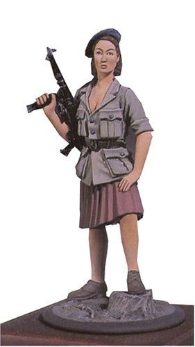 アンドレアミニチュアズ S5-F23 French Resistance Woman (1944)