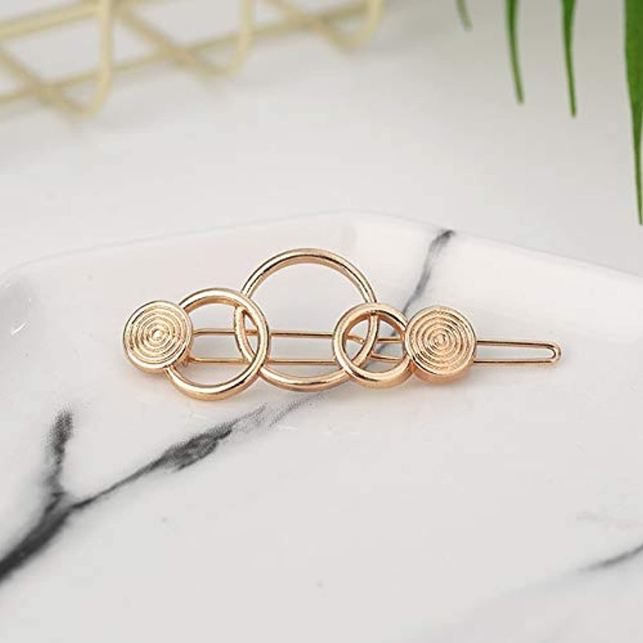 プロフェッショナル責いつでもフラワーヘアピンFlowerHairpin YHM 2ピースファッション女性ヘアアクセサリートライアングルヘアクリップピンメタル幾何学的合金ヘアバンド(ムーンゴールド) (色 : Three-ring gold)