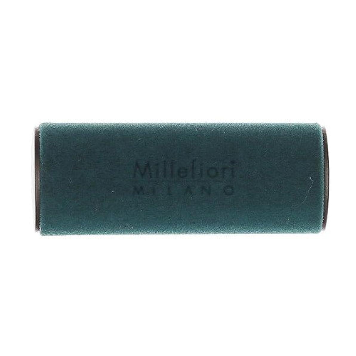 ダイヤル退屈な一般的に言えばMillefiori MILANO ミッレフィオーリ カーエアフレッシュナー VELLUTO ヴェルート (スパイシーウッド) 1個