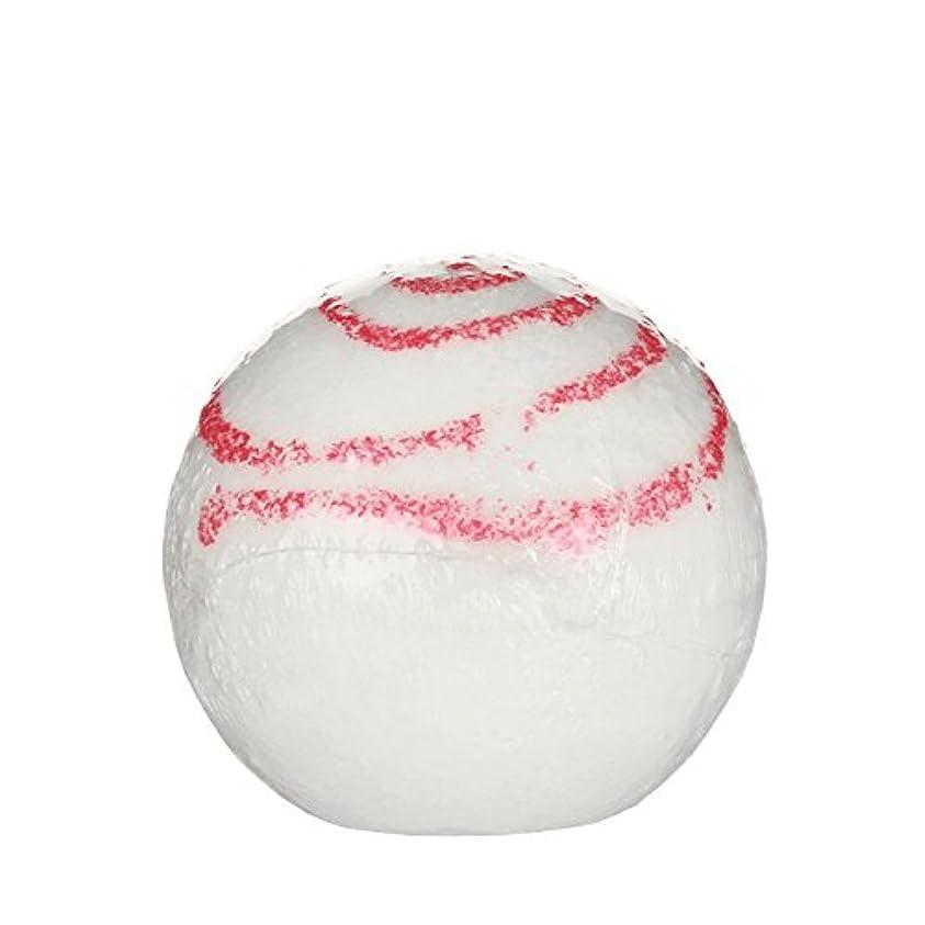 遵守するレイアウト腰Treetsバスボールグリッターキス170グラム - Treets Bath Ball Glitter Kiss 170g (Treets) [並行輸入品]