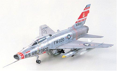 タミヤ 1/72 ウォーバードコレクション No.60 アメリカ空軍 F-100D スーパーセイバー プラモデル 60760
