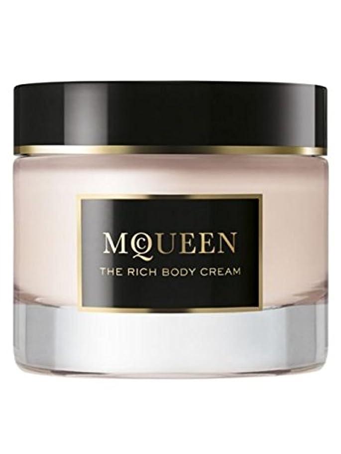 爆風デコレーションリラックスMcQueen (マクイーン) 1.6 oz (50ml) Body Cream by Alexander McQueen for Women