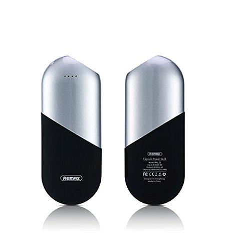 REMAX モバイルバッテリー 5000mAh カプセルデザイン 軽量 薄型 103mm*41mm*26mm 大容量 リチウムポリマー電池使用 一年保証付き 品質保証 残量表示 急速充電 充電バッテリー スマートIC搭載 充電器 iPhone&Android対応 各種スマホ/タブレット対応 ブランド品(シルバー)