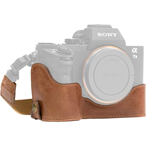 MegaGear Ever Ready Leather Half Case and Strap for Sony a7S II, a7R II & a7 II (Dark Brown) [並行輸入品]
