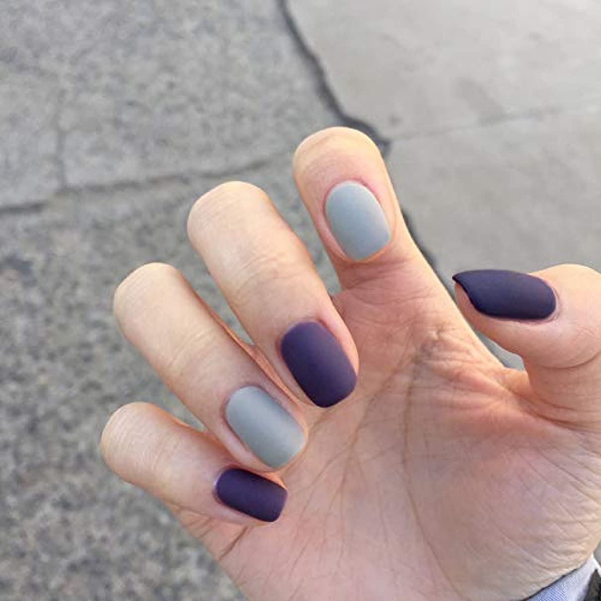 滝是正同意するins 人気の 24pcs 研磨 パープル 优雅 で気质の高い淑女 ネイルチップ つけ爪 (A)