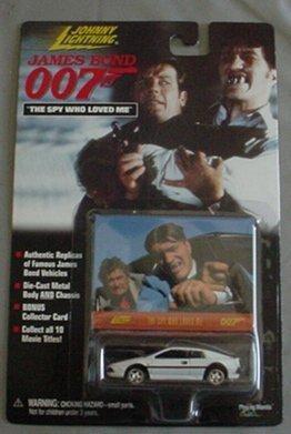 Johnny Lightning James Bond The Spy Who Loved Me Lotus Espirit S1 Turbo WHITE Coupe by Playing Mantis [並行輸入品]