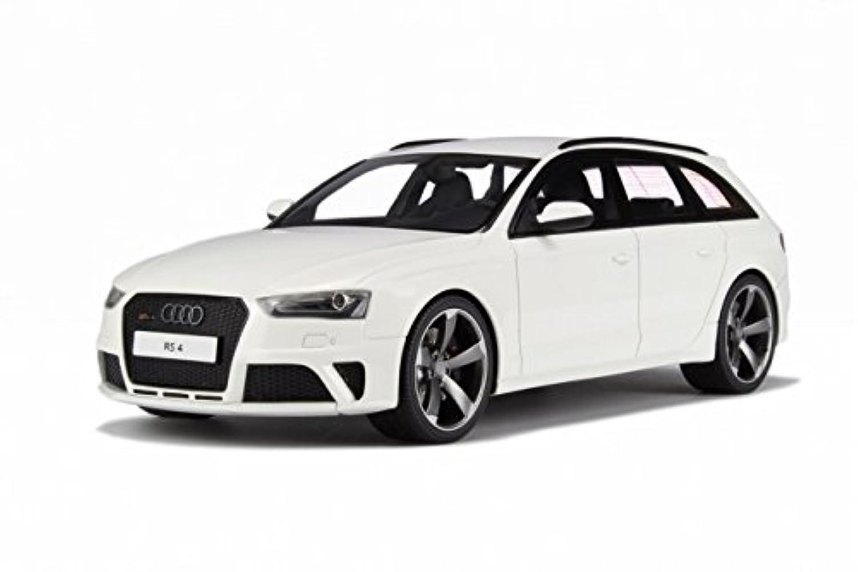 Audi rs4 b8樹脂モデルカーin 1 : 18スケールby GT Spirit