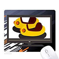 バンパー・カーの遊園地のイラスト ノンスリップラバーマウスパッドはコンピュータゲームのオフィス