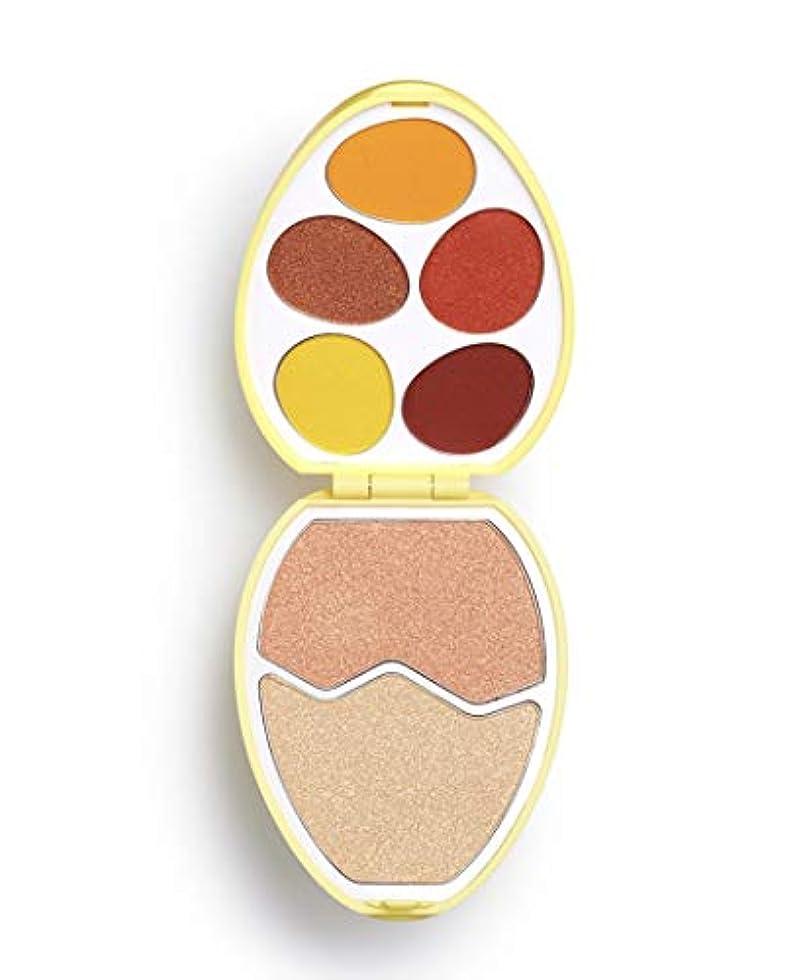 シンポジウムお風呂を持っている特異なメイクアップレボリューション 卵型パレット アイシャドウ&ハイライター I Heart Revolution Easter Egg #Chick