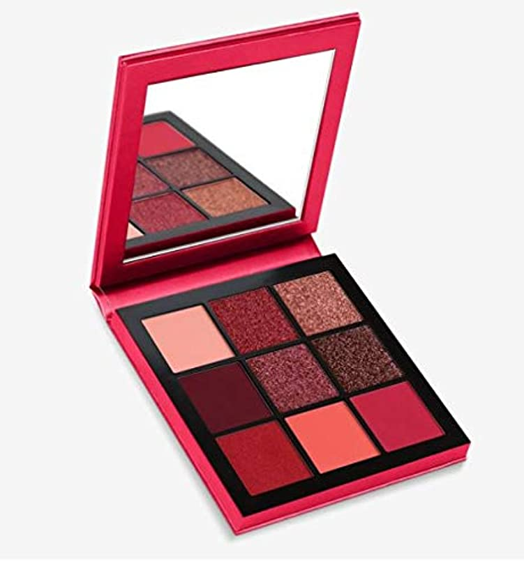 偶然の火炎啓発するHudabeauty Obsessions Eyeshadow Palette Ruby アイシャドウパレット