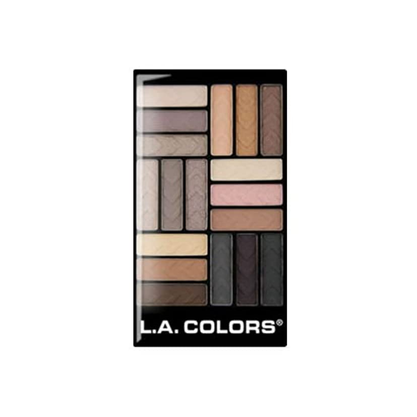 出席するビーズ参加者(3 Pack) L.A. COLORS 18 Color Eyeshadow - Downtown Brown (並行輸入品)