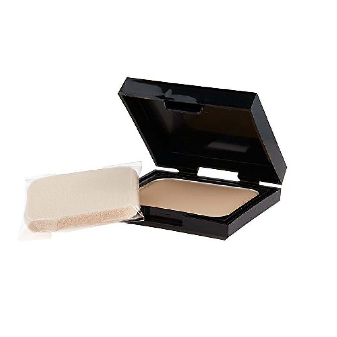 床シーフード芽レブロン カラーステイ UV パウダー ファンデーション 002 カラー:<標準色>やや明るめの肌色 オークル 20