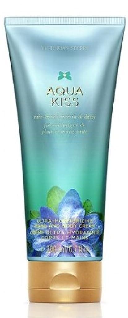 カテゴリー出します女優ボディクリーム VS Fantasies Ultra-moisturizing Hand & Body Cream ヴィクトリアシークレット【並行輸入品】 ((5)Aqua Kiss(アクアキス))