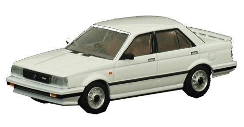 トミカリミテッドヴィンテージ TLV-N010a 日産サニー1500 ターボスーパーサルーン(白)