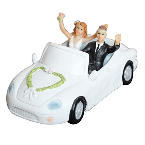 Happy Cherry ケーキ飾る用品 花嫁花婿 結婚式 周年記念 高級車を運転する人形 可愛い ウェディング フィギュア