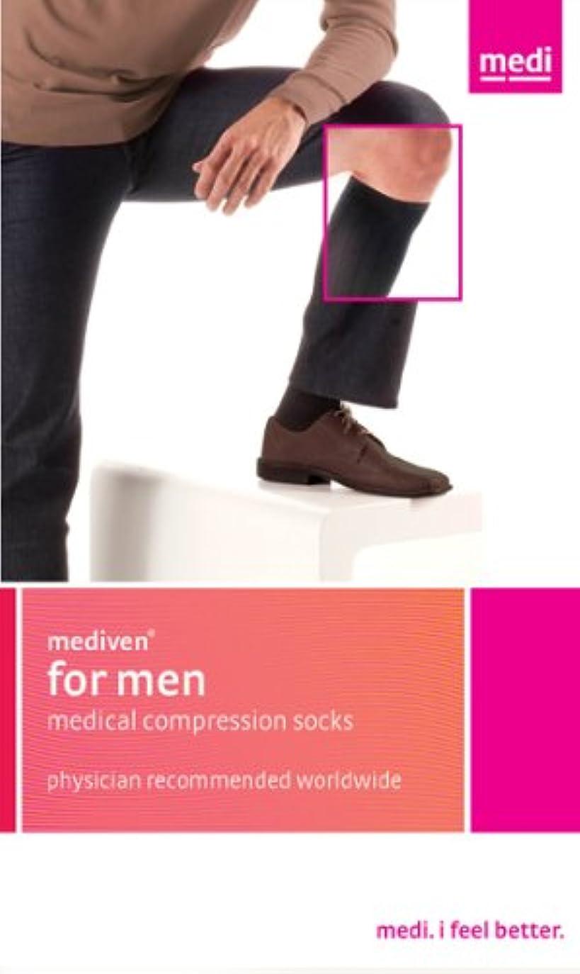 敗北導入する保険をかけるMediven for Men Ribbed Knee High 30-40mmHg Closed Toe, IV, Black by Medi