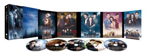 トワイライト・サーガ COMPLETE Blu-ray BOXの詳細を見る