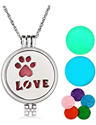 Aromatherapy Essential Oil DiffuserネックレスシルバーLoveペットPawラウンドロケットペンダント光ネックレスby chuyun
