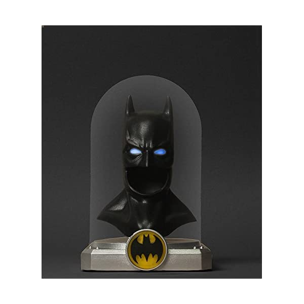 Batman: Deluxe Cowl: Li...の紹介画像2