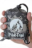 """Outdoor Pocket Blanket - Compact Picnic Blanket (60""""x 56"""") - Sand Proof Beach Blanket / 100% Waterproof Ground Cover. Great for Hiking, Camping, Picnics, Travel and Beach Trips (Digital Camo) [並行輸入品]"""