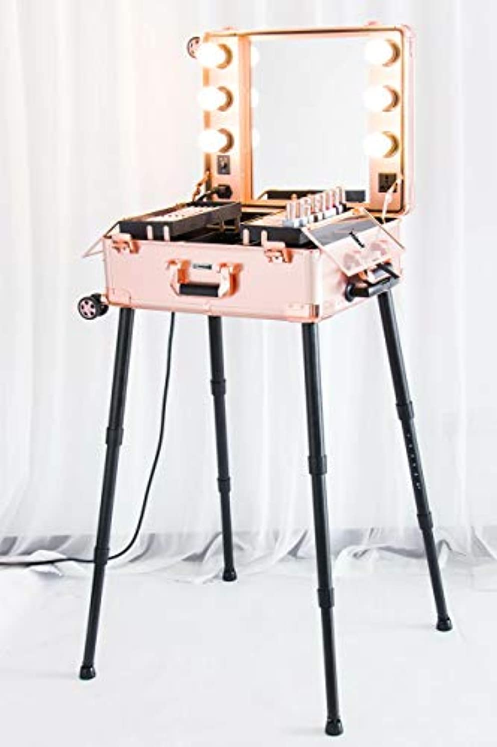 重量服を片付けるスクラブKemier 頑丈な化粧ケースプロ アーティスト スタジオ化粧列車4つ ローリングホイール&ライト付きテーブル&ミラープロ メイクアップステーションカバーボードと簡単にきれいな拡張トレイ調整可能な足 腰椎クッション-2412...