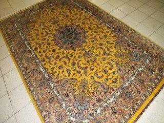 最高級カシャーンシルクのリビングサイズ手織りペルシャ絨毯555991