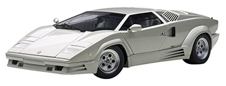 AUTOart 1/18 ランボルギーニ カウンタック 25thアニバーサリー (シルバー) 完成品