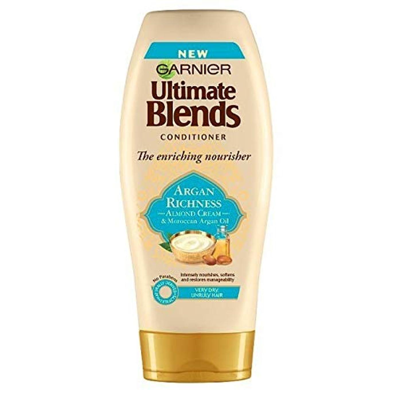 不誠実請う銛[Garnier ] 究極は、アルガンオイル&アーモンドコンディショナー360ミリリットルをブレンド - Ultimate Blends Argan Oil & Almond Conditioner 360ml [並行輸入品]