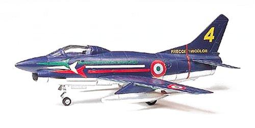 1/100 コンバットプレーンシリーズ フィアットG.91