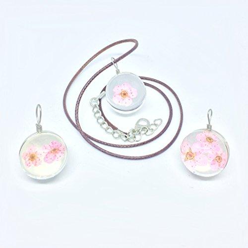 [比翼堂] ネックレス シンプル「 本物 の 桜 」 PUレザー 最高級フランネルケース付き ギフト梱包済み (花びら三枚)