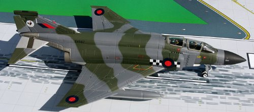 1: 72 ジェミニACE Royal Air Force F4 Phantom Leuchars (並行輸入)
