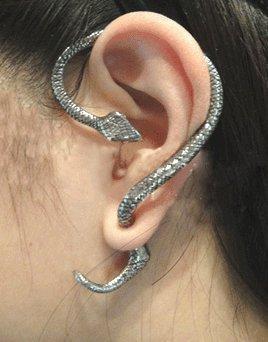 [해외]앤틱 뱀 귀걸이 고스빤쿠 금속 뱀이야 카후 뱀 골드/Antique style snake earrings Gosp punk metal snake ear cuff snake gold