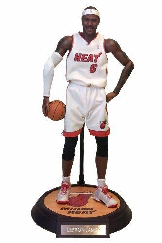 リアルマスターピース コレクティブル フィギュア/ NBAコレクション: レブロン・ジェームズ