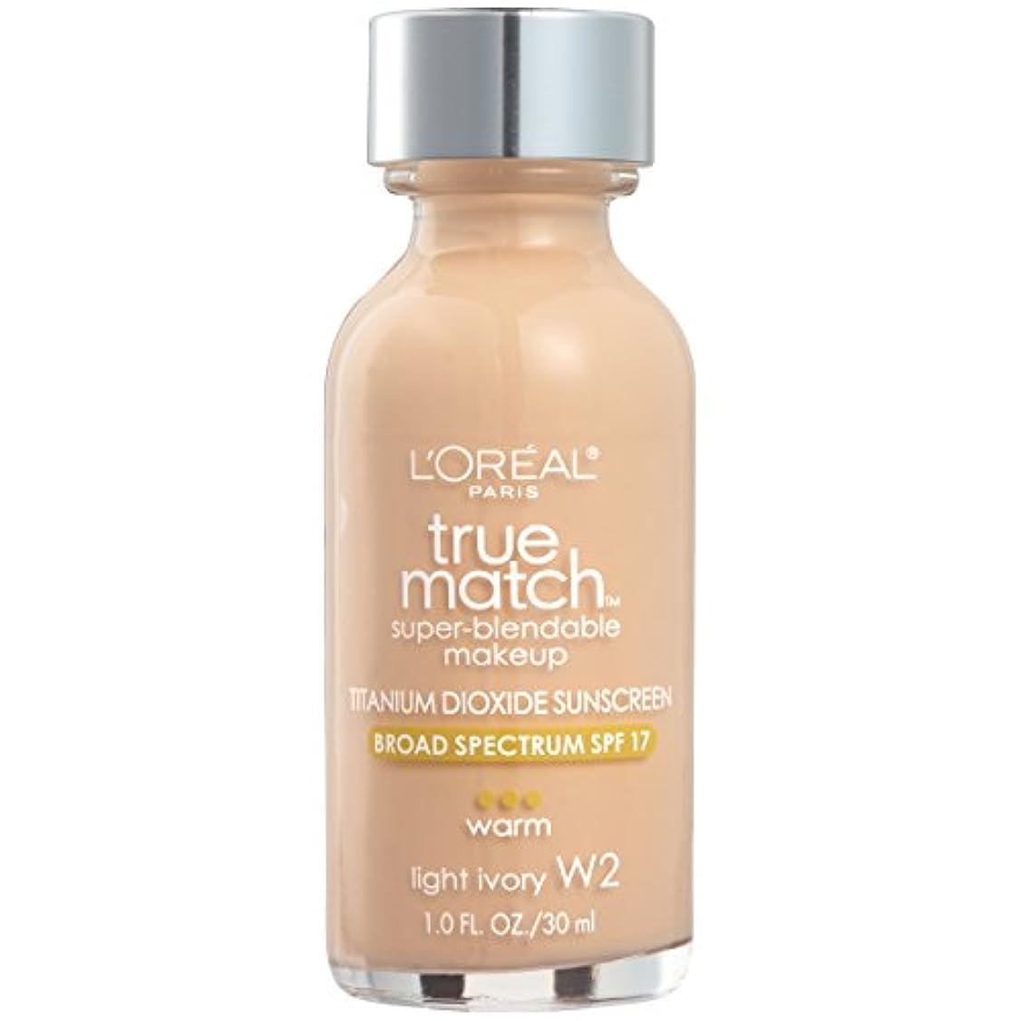 持参平方敏感なL'Oréal True Match Super-Blendable Foundation Makeup (LIGHT IVORY)
