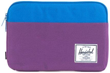 Herschel Supply Co。Anchor Sleeve 11インチのMacBook