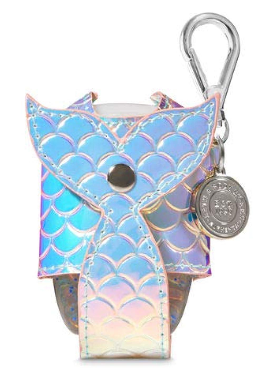 明示的にテンションペース【Bath&Body Works/バス&ボディワークス】 抗菌ハンドジェルホルダー 虹色 マーメイドテイル Pocketbac Holder Iridescent Mermaid Tail [並行輸入品]