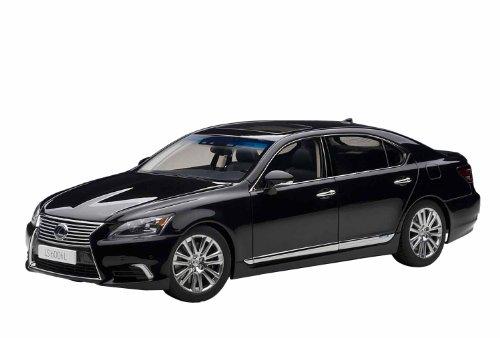 AUTOart 1/18 レクサス LS600hL (ブラック・ブラック)
